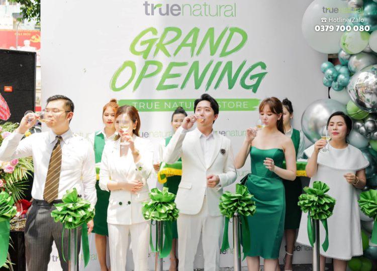 CEO của công ty True Natural Việt Nam là ai?